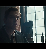 Christopher-Robin-Trailer1-001.jpg