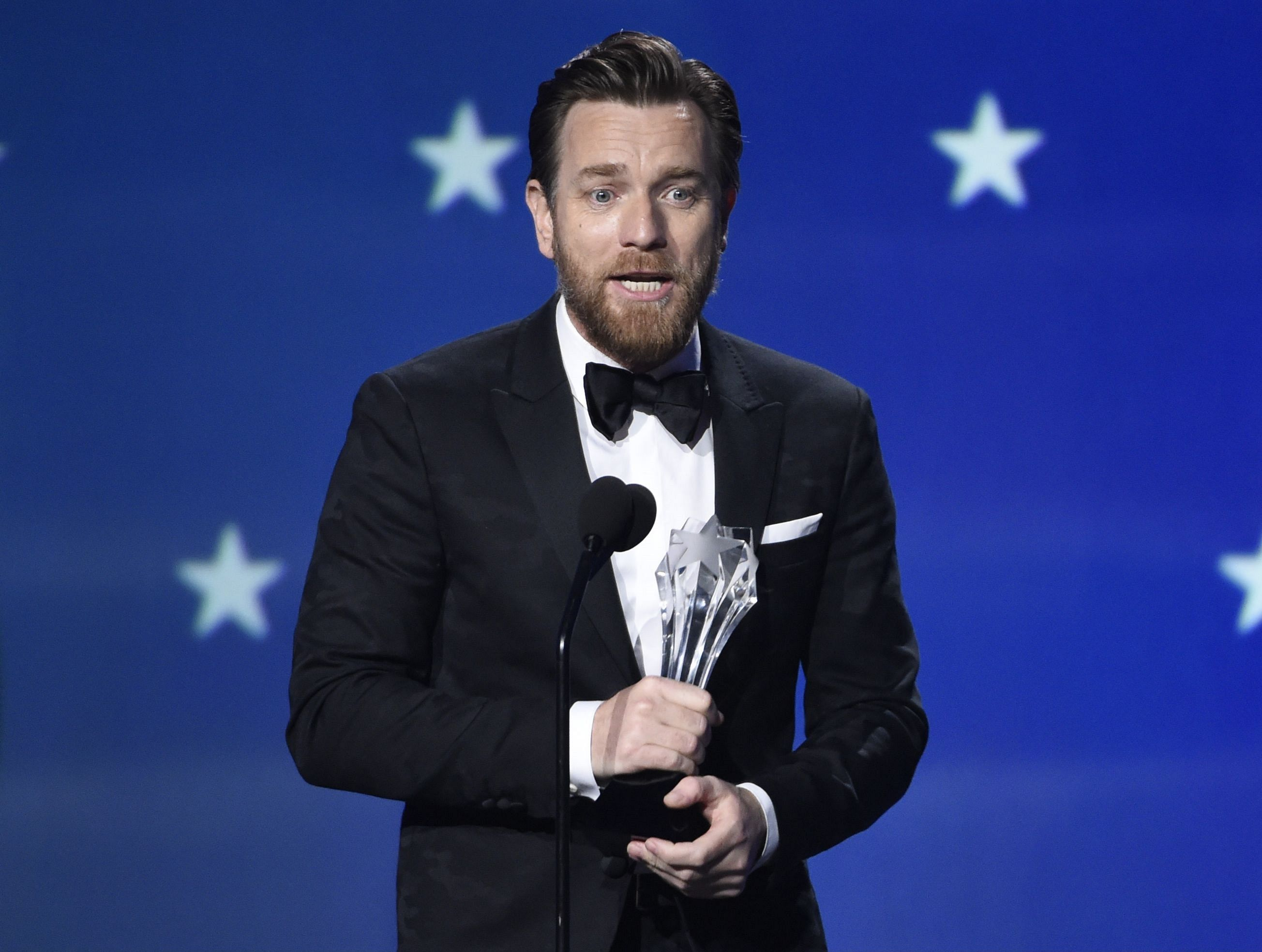 Ewan McGregor wins Critics Choice Award